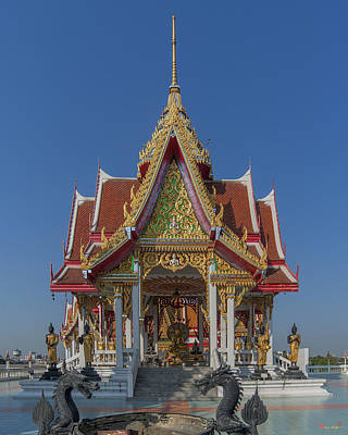 Photograph - Wat Bukkhalo Central Roof-top Pavilion Dthb1809 by Gerry Gantt