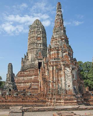 Photograph - Wat Chaiwatthanaram Central Prang From The Ubosot Dtha052 by Gerry Gantt
