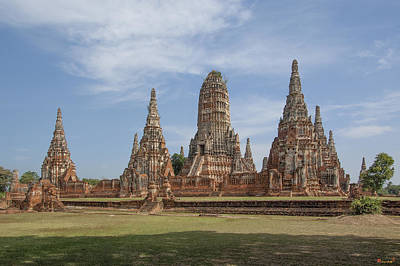 Photograph - Wat Chaiwatthanaram From The Southwest Dtha041 by Gerry Gantt