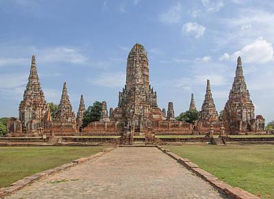 Photograph - Wat Chaiwatthanaram From The West Dtha059 by Gerry Gantt