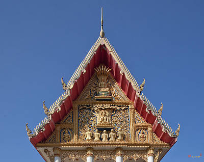 Photograph - Wat Kan Luang Ubosot Gable Dthu429 by Gerry Gantt