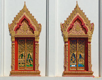 Photograph - Wat Liab Ubosot Windows Dthu040 by Gerry Gantt