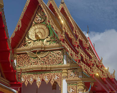Photograph - Wat Luang Pu Supa Ubosot Gable Dthp331 by Gerry Gantt