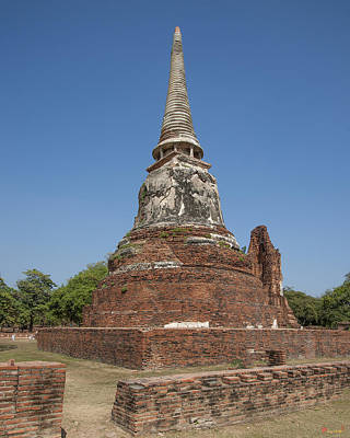 Photograph - Wat Mahathat Chedi Dtha0238 by Gerry Gantt