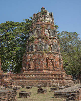 Photograph - Wat Mahathat Conical Prang Dtha0228 by Gerry Gantt