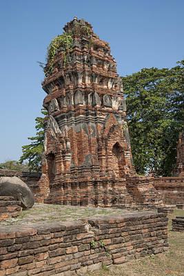 Photograph - Wat Mahathat Prang Dtha0011 by Gerry Gantt