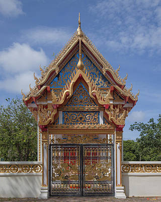 Photograph - Wat Sawang Arom Ubosot Wall Gate Dthp382 by Gerry Gantt