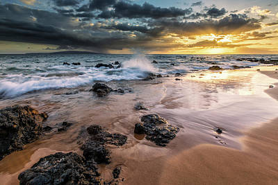 Water Splashing On The Beach Art Print by Scott Mead