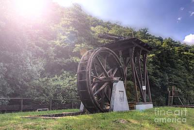 Water Wheel Original by Joerg Gundlach