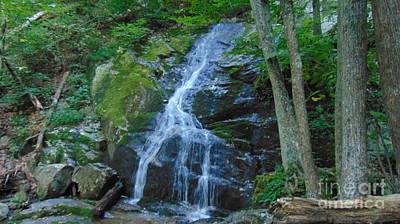 Waterfall At Crabtree Falls Art Print