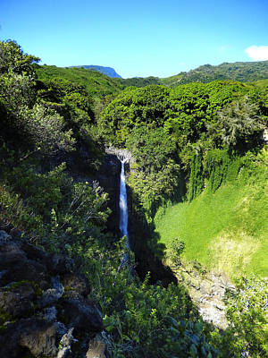 Haleiwa Photograph - Waterfall At Hana by Stacy Vosberg