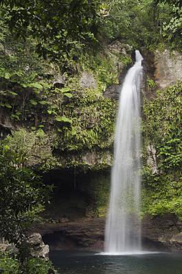 Photograph - Waterfall Bouma Np Fiji by Pete Oxford