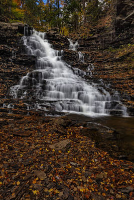 Photograph - Waterfall In The Autumnal Equinox by Susan Candelario