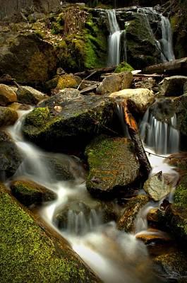 Waterfall - Naramata Dsc0056-001 Print by Guy Hoffman
