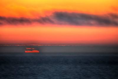 Photograph - Waterline Sunset 17573 by Jerry Sodorff