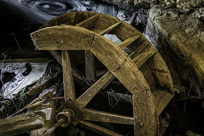 Photograph - Waterwheel by Sara Hudock