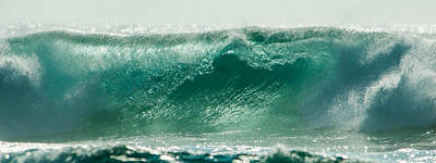 Photograph - Wave 8 by Alistair Lyne