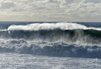 Roaring Red - Wave at Guincho by Ted Guhl