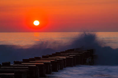 Breaking Wave At Sunrise Art Print