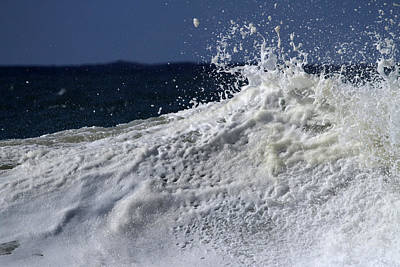 Photograph - Wave Explosion by Noel Elliot