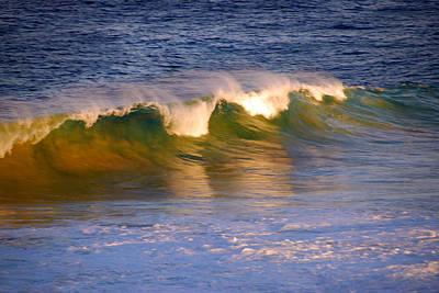 Beechworth Photograph - Wave by Glen Johnson