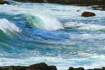 Photograph - Wave To Me by Mariarosa Rockefeller