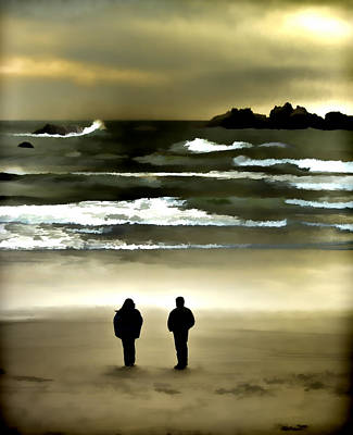 Photograph - Wave Watchers by Dale Stillman