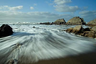 Waves At Blegberry Beach Art Print by Pete Hemington