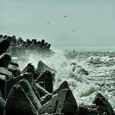 Photograph - Waves At The Pier by Gynt