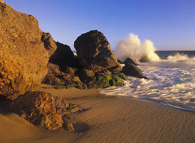 Point Dume Wall Art - Photograph - Waves Crashing On Point Dume Beach by Tim Fitzharris