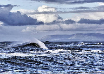 Waves In Easkey Art Print by Tony Reddington
