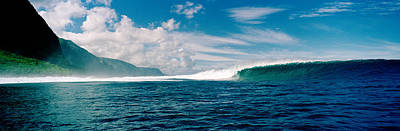 Molokai Photograph - Waves In The Sea, Molokai, Hawaii by Panoramic Images