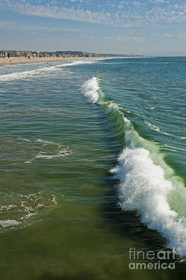 Photograph - Waves Moving To Shore by David Zanzinger