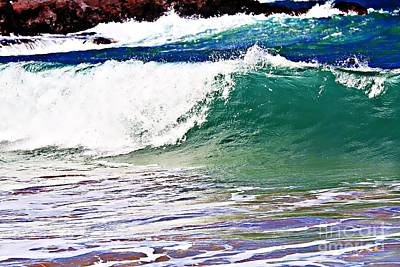 Photograph - Waves Of Maui by Audreen Gieger