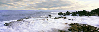 Roca Photograph - Waves Race For Shore At Las Rocas by Panoramic Images