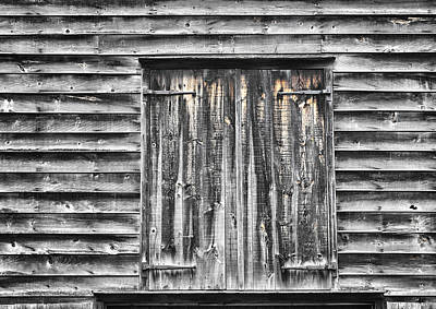 Photograph - Weathered Barn by Gary Slawsky