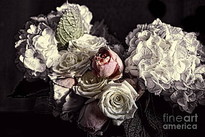 Photograph - Wedding Flowers by David Arment