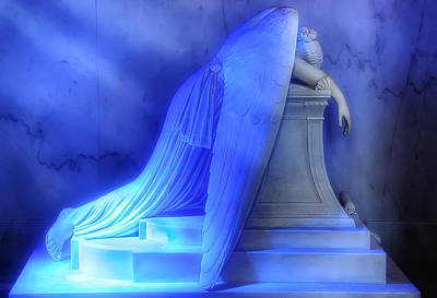 St Louis Square Photograph - Weeping Angel by Don Lovett