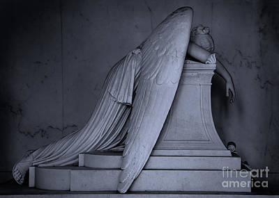Photograph - Weeping Angel Statue  Bw 2 by Jerry Fornarotto