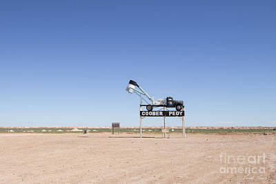 Photograph - Welcome To Coober Pedy by Linda Lees