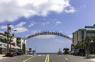 Photograph - Welcome To Daytona Beach Florida by Karen Stephenson
