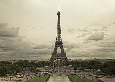 Photograph - Welcome To Paris by Hany J