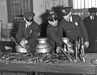 New York City Police Photograph - Welfare Island Weapons by Underwood Archives