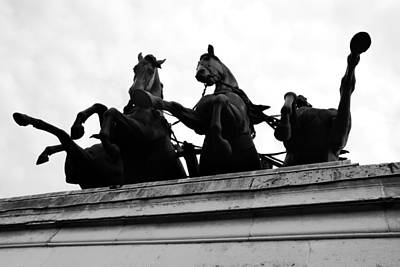 Photograph - Wellington Arch Horses by Daniel Woodrum
