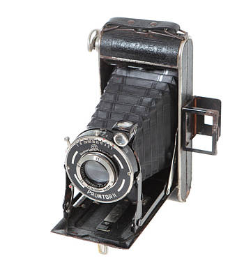 Photograph - Welta Garant German Camera by Paul Cowan