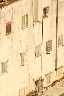 Havana Photograph - West-facing Wall In Havana Cuba by Rob Huntley