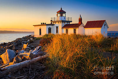 West Point Lighthouse Art Print by Inge Johnsson