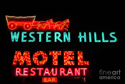 Photograph - Western Hills Motel Sign by Sue Smith