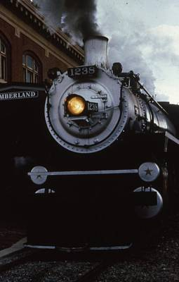 Maryland Photograph - Western Maryland Scenic Railway by Retro Images Archive