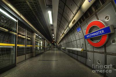 Photograph - Westminster 2.0 by Yhun Suarez